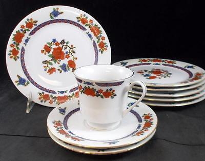 Crown Ming OLD IMARI 6 Salad Plates, Cup & Saucer + extra saucer GREAT CONDITION