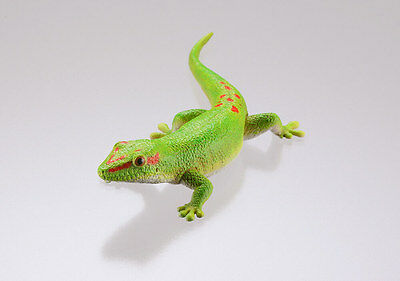 Kaiyodo Museum Q Gecko Part 2 Madagascar Green Hill Gecko Lizard Figure