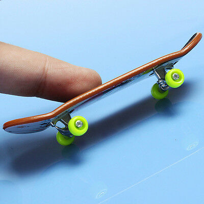Finger Deck Skateboards Handboard Truck Boy Kid Party Fingerboard Toy