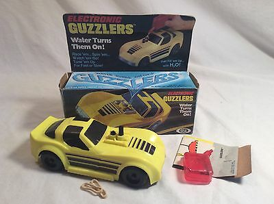 Vintage 1980 IDEAL Toys GUZZLERS Battery Operated Yellow Corvette Works!! W/ Box