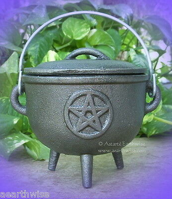 PENTACLE CAST IRON CAULDRON WITH LID Z Wicca Pagan Witch Goth Incense PENTAGRAM