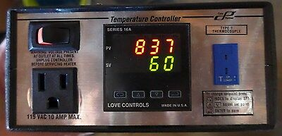 Cole Parmer 89810-04 Benchtop Fuzzy Logic PID Temperature Controller