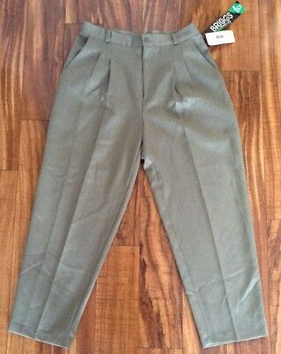 NWT Retail $32.00 Briggs of New York Womens Pants 12 Petite Color Sage FREE SHIP
