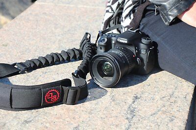 BOOMR Bungee Camera Strap by StatGear - BLACK/BLACK LOGO fits Canon, Nikon, Sony