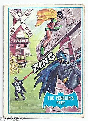 1966 Topps Batman Blue Bat with Bat Cowl Back (18B) The Penguin's Prey