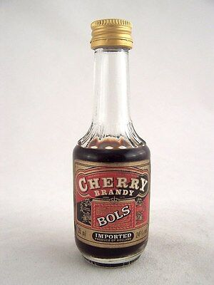 Miniature circa 1985 BOLS CHERRY BRANDY 35ml Isle of Wine