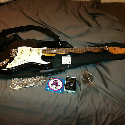 Jay Turser Black & White Electric Guitar Package - New!