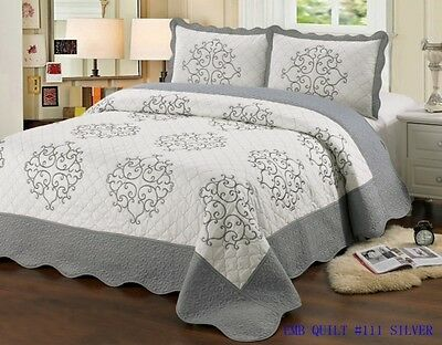 Quilt Queen Size 3 pc Bedding Bed set / Bedspread / embroidered