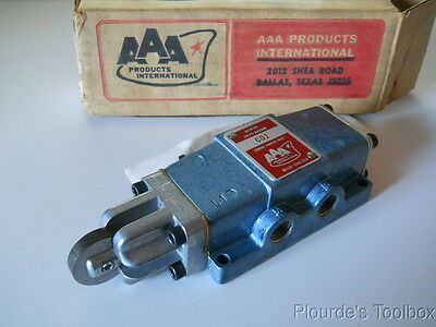 "New AAA Products 1/4"" npt Cam Roller Operated Pneumatic Air Valve, 5/2, CO2"