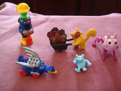 Vintage Ferrero lot of 5  Mini Kinder surprise egg toy figures  Hedge Hog set 1