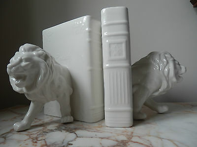 A Pair Of White Porcelain Regal Lion Bookends Satin Boxed Presentation Gift