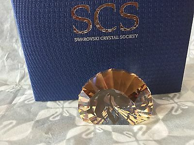 Swarovski SCS MEMBERSHIP 2016 LION HEAD PAPERWEIGHT