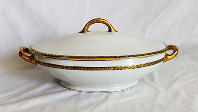Royal Bayreuth Pattern # 2704 Covered Oval Vegetable Serving Bowl Two-Handled
