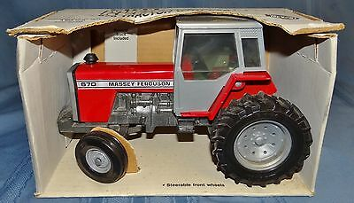 Massey Ferguson 670 Tractor With Cab Ertl Diecast 1/20 Metal Toy #1105 USA