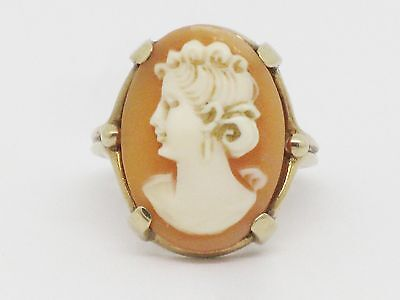 Beautiful 10K Gold Cameo Ring