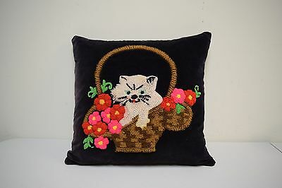 VTG 1930s Handmade Restored Velveteen Yarn Punch Needle Pillow Kitten in Basket