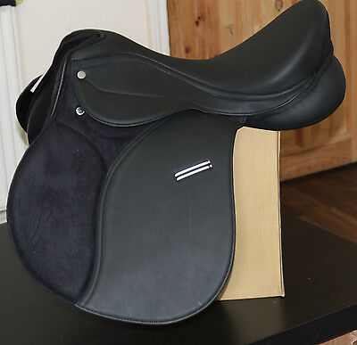 New High Quality Synthetic Gp Saddle Changeable Gullet Black