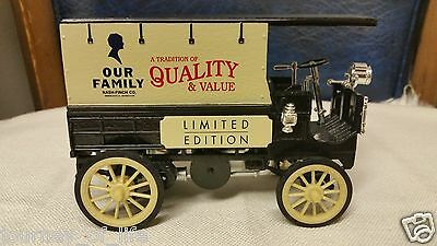 ERTL 1904 Knox Delivery Wagon Car Truck Our Family 100th Anniversary LE Chrysler