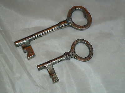 Large Keys 2 Metal Old Looking -Lock,Castle,Bunch of Keys-Theatre Prop