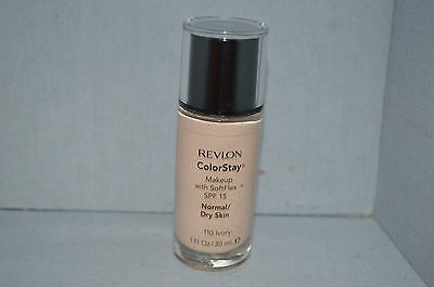 Revlon Colorstay Makeup SPF15 110 Ivory Normal/Dry Skin 1oz New