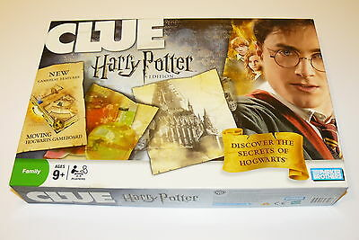 Clue Board Game – Harry Potter Edition – Moving Hogwarts Gameboard Complete 2008