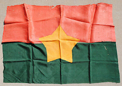 Captured Rare Viet Cong (VC) Flag / National Liberation Front (NLF)