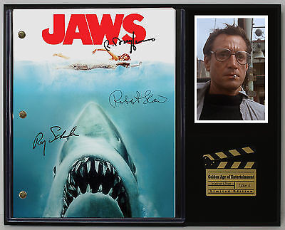 """JAWS LTD Edition Reproduction Signed Movie Script Display """"C3"""""""