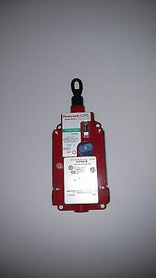 Honeywell estop cable pull switch 1CPSA2A (2NO/2NC, LED, 24VDC) MICRO SWITCH™*