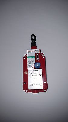 Honeywell estop cable pull switch 1CPSA1B-N (1NO/1NC, 120VAC, LED) MICRO SWITCH™