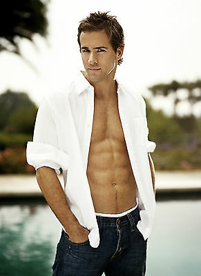 Ryan Reynolds Poster 1 - A3 297X420Mm - Buy 2 Get A 3Rd Free! Uk Seller