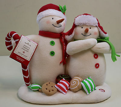 2008 Hallmark JINGLE PALS Season's Treatings Snowmen Sound & Motion Candy w/ Tag