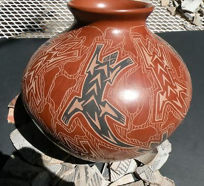 """10"""" Museum Quality Mata Ortiz Mimbres Lizard Pottery Hand Coiled & Hand Painted"""