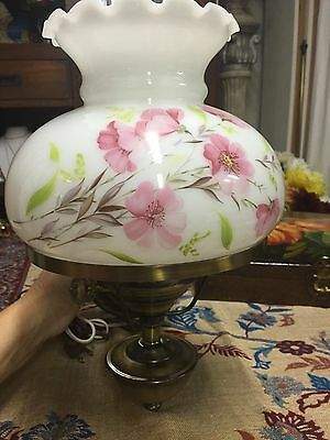Vintage  All Bras White Glass Floral  Wall Mount  Electric Light Lamp WORKS