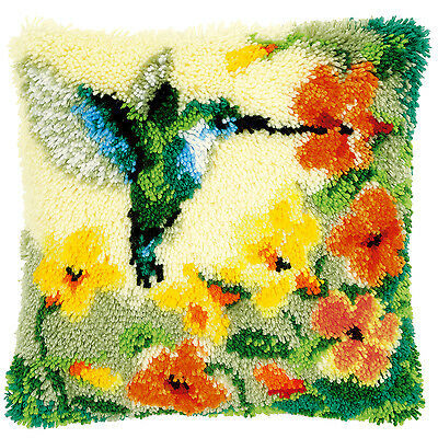 Hummingbird and Flowers  : Vervaco Latch Hook Cushion Kit  -PN0146770