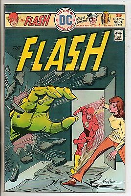 DC Comics Flash #236 September 1975 Dr Fate & Golden Age Flash Very Rare VF
