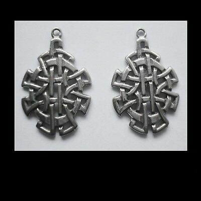 PEWTER CHARM #2343 x 2 CELTIC KNOT SHIELD (28mm x 18mm) 1 bail