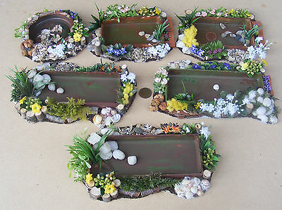 Fish With A Pond With Floral Surround Dolls House Miniature Garden Accessory DIY