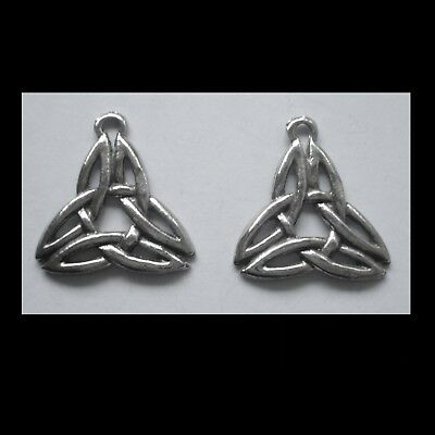 PEWTER CHARM #2347 x 2 CELTIC KNOT TRIANGLE (25mm x 22mm) 1 bail