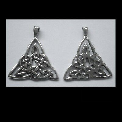 PEWTER CHARM #2363 x 2 CELTIC KNOT TRIANGLE (28mm x 31mm) 1 bail
