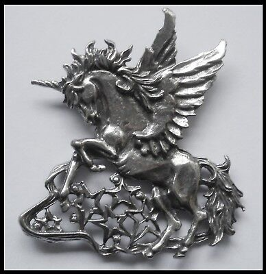 PEWTER CHARM #1413 LARGE UNICORN PEGASUS & STARS (62mm x 53mm) 1 bail ALICORN