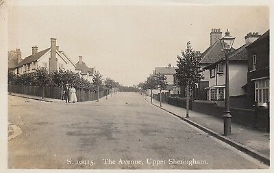 The Avenue, Upper Sheringham, Norfolk, Real photo, old postcard, unposted
