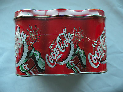 Coca Cola Tin container 6 pack lunch box w/4 oz. jawbreakers in side
