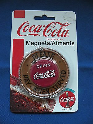 Coca-Cola Magnet Magnet round please pay when served No.51249 in orginal package