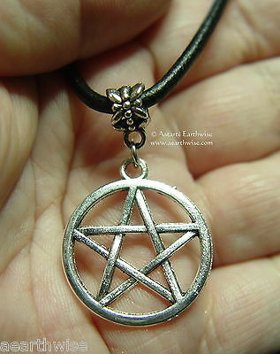 1 x PENTAGRAM PENDANT WITH CORD Wicca Pagan Witch Goth PENTACLE PENDANT