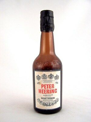 Miniature circa 1969 PETER HEERING LIQUEUR Isle of Wine