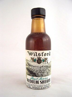 Miniature circa 1974 WILSFORD ROYAL RESERVE MEDIUM SHERRY 75ml Isle of Wine