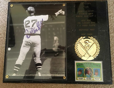 Carlton Fisk (HOF) Autographed 8x10 Photo with COA and Commemorative Plaque!!
