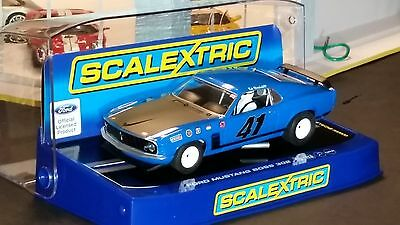 SCALEXTRIC Slot Car 1:32 Ford MUSTANG BOSS 302 Digital Plug Ready NEW Blue