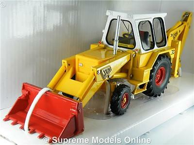 Jcb 3C Mark Iii Model 1:32 Size Britains 42905 Yellow/white Digger Excavator T34