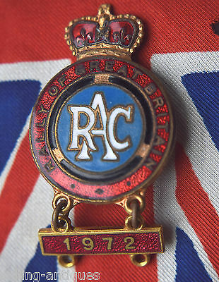 Royal Automobile Club (RAC) Rally Of Great Britain 1972  Competitor Lapel Badge
